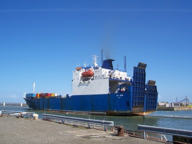 containership_oostende.jpg