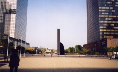 nearbrusselsnoord_sculpture.jpg